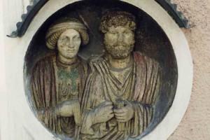 Wohlhabende Bürger des römischen Wels/OVILAVA, Grabmedaillon © Stadtmuseum Wels