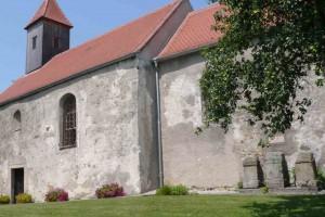 Römersteine an der Filialkirche in Sarling/Säusenstein © Eva Kuttner