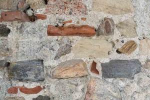 Im Mauerwerk sind Ziegeln verbaut © Museen am Donaulimes in Österreich, Foto: Peter Rauchecker