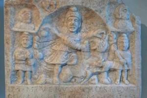 Relief des Mithras aus einer Kultstätte in der Gegend bei St. Andrä, Römermuseum Tulln © Eva Kuttner